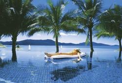 Tour thumb 121517 4   hamilton island pool   photo tourism and events queensland