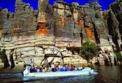 Tour thumb geikie gorge wa tourism