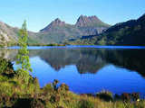 Small thumb cradle mountain  tourisma tasmania   copyright geoff murray