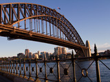 Small thumb harbour bridge  sydney   destination nsw